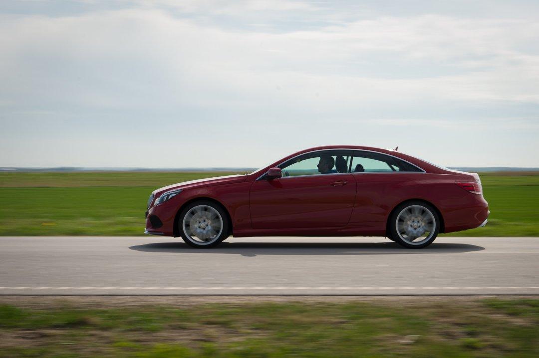 Ideallinie mit V8 – das neue 2013 Mercedes-Benz E500 Coupé (C207)