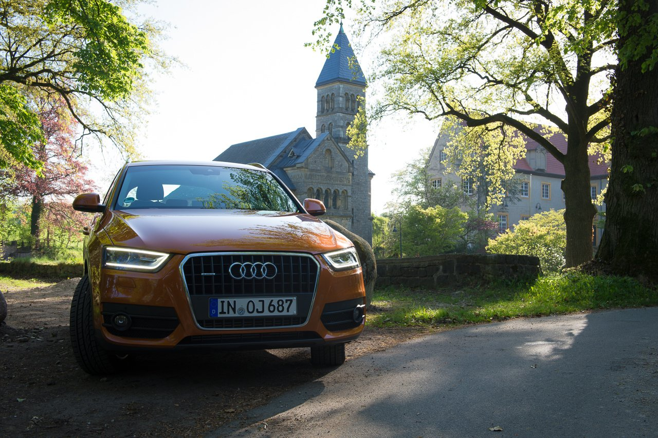Angefahren: 2012 Audi Q3 2.0 TDI quattro in Samoaorange