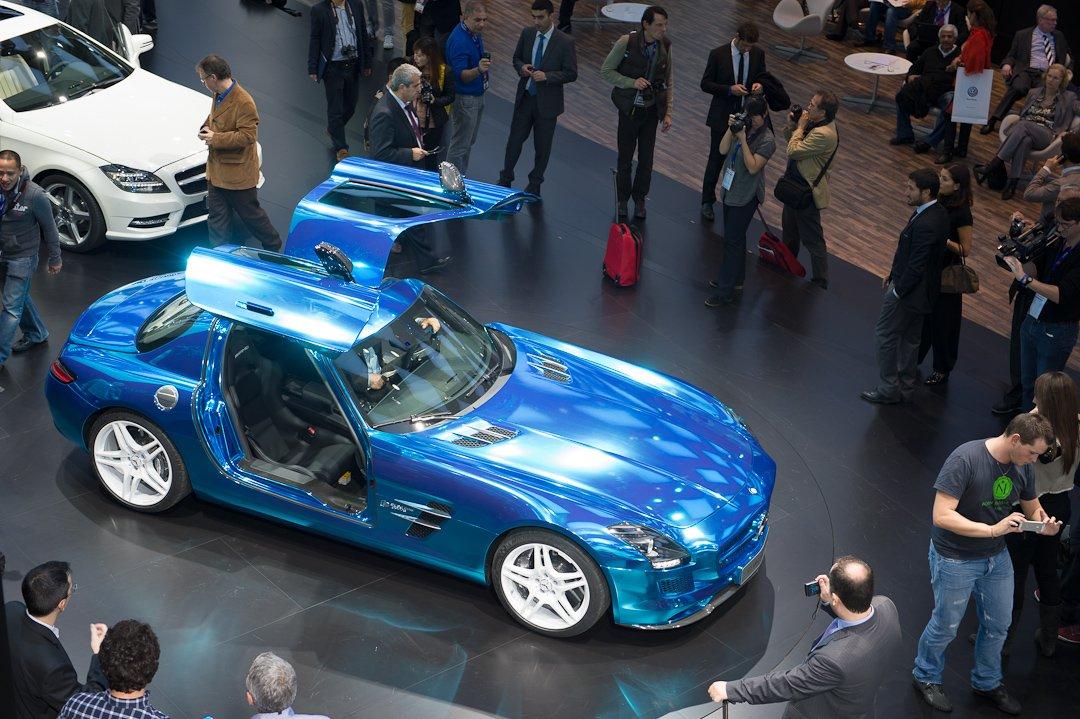 Paris 2012: Mercedes-Benz präsentiert den SLS AMG Electric Drive