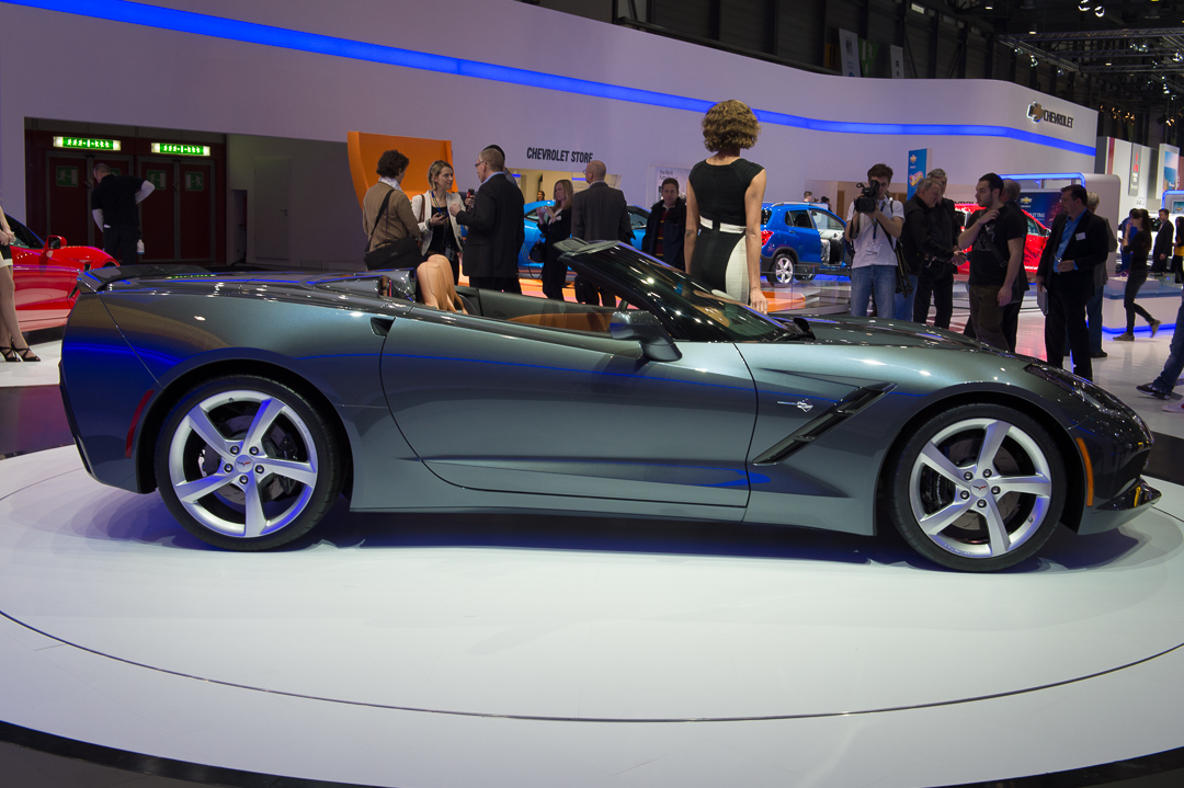 2013-chevrolet-corvette-c7-cabriolet-grau-genf-auto-salon-04