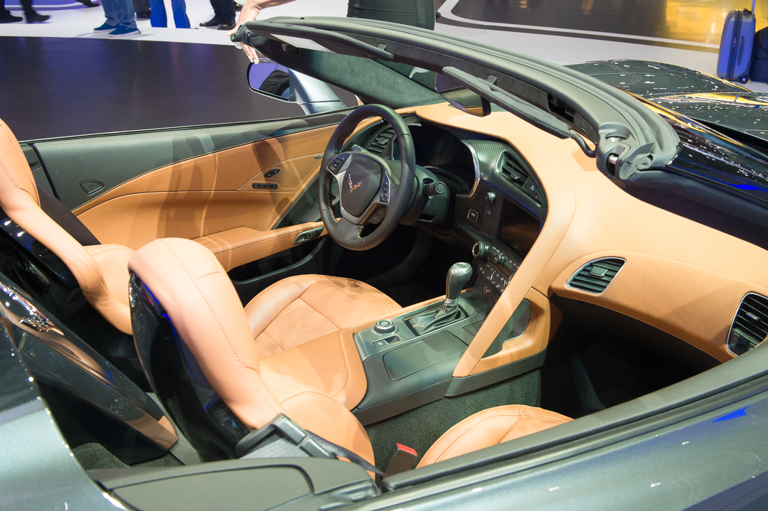 2013-chevrolet-corvette-c7-cabriolet-grau-genf-auto-salon-08
