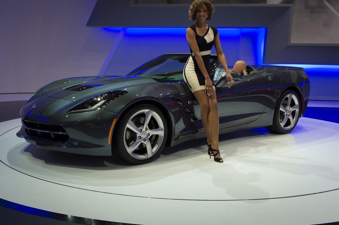 2013-chevrolet-corvette-c7-cabriolet-grau-genf-auto-salon-01