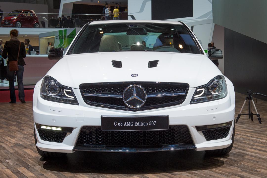 2013-mercedes-benz-c63-amg-edition-507-weiss-genf-auto-salon-01