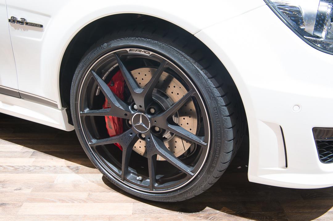 2013-mercedes-benz-c63-amg-edition-507-weiss-genf-auto-salon-06