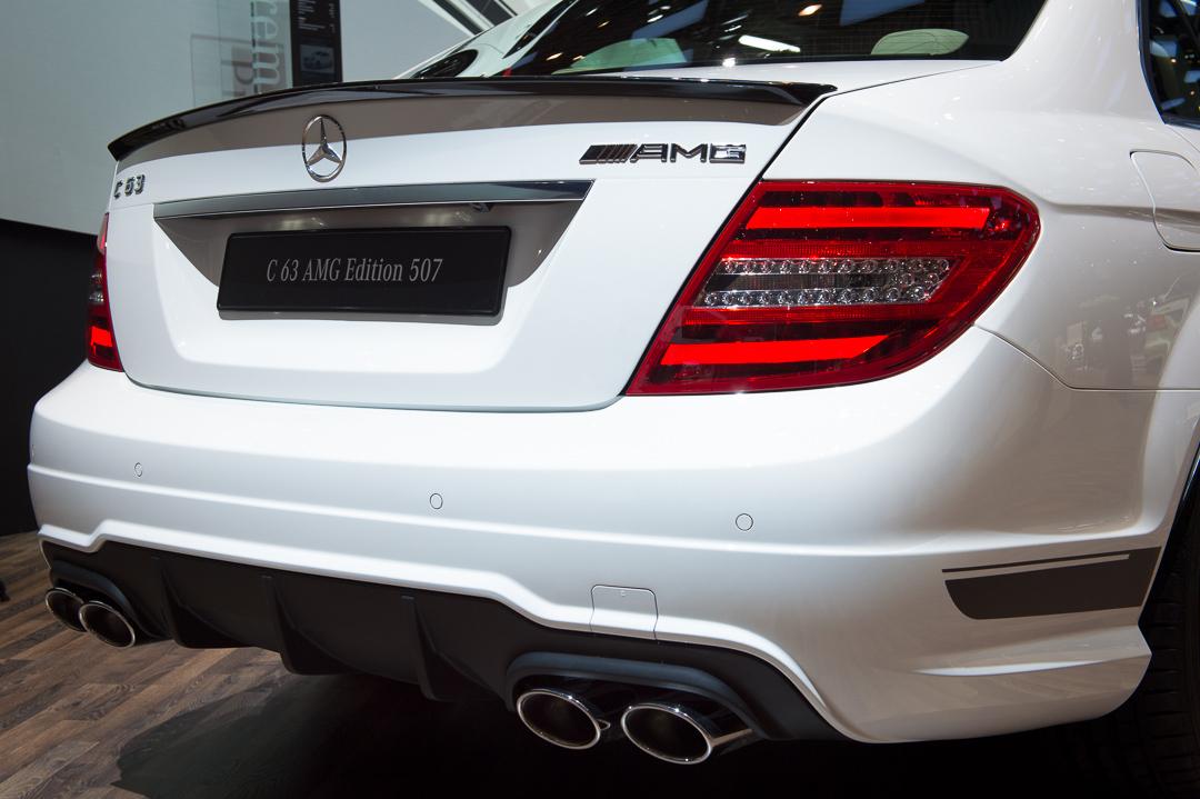 2013-mercedes-benz-c63-amg-edition-507-weiss-genf-auto-salon-10