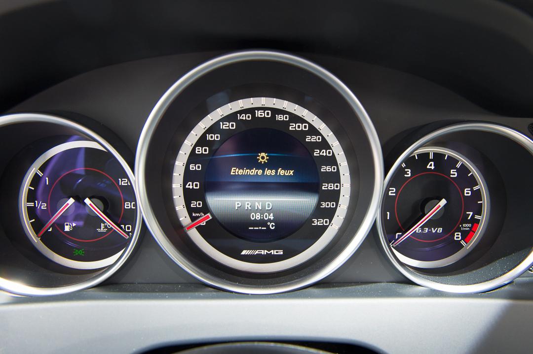 2013-mercedes-benz-c63-amg-edition-507-weiss-genf-auto-salon-15