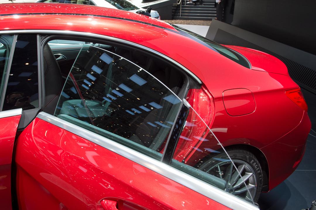 2013-mercedes-benz-cla-220-cdi-jupiterrot-amg-linie-genf-auto-salon-15
