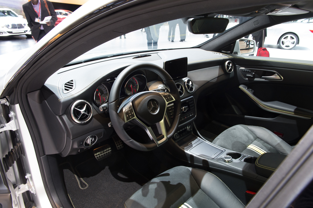 2013-mercedes-benz-cla-250-edition1-montaingrau-genf-auto-salon-07