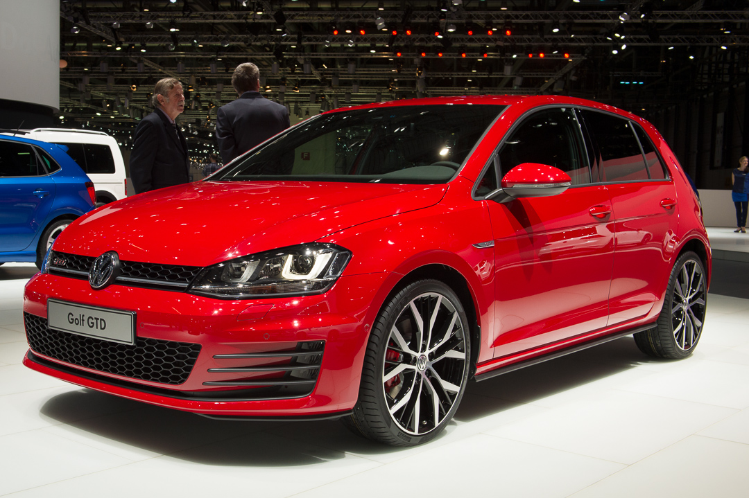 2013-golf-gtd-vii-rot-genf-auto-salon-01
