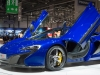 genf-2014-mclaren-650s-blau-spider-orange-07
