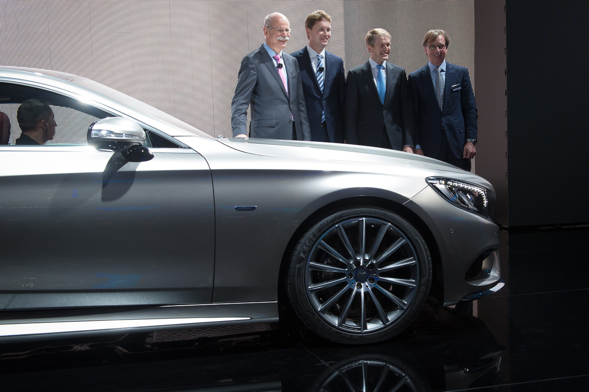 genf-2014-mercedes-benz-s-klasse-coupe-edition1-silber-04