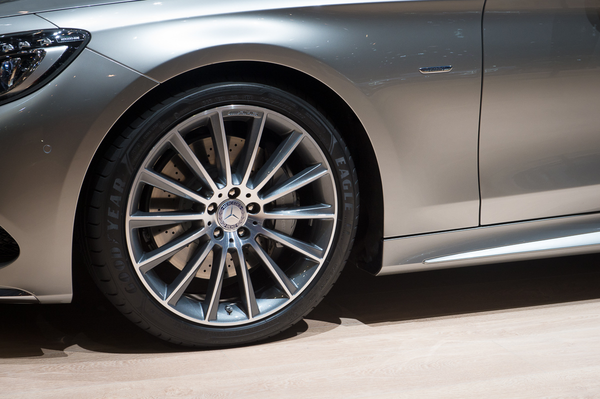 genf-2014-mercedes-benz-s-klasse-coupe-edition1-silber-09