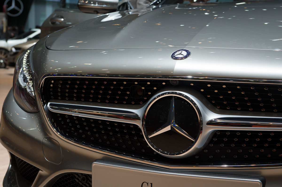 genf-2014-mercedes-benz-s-klasse-coupe-edition1-silber-23