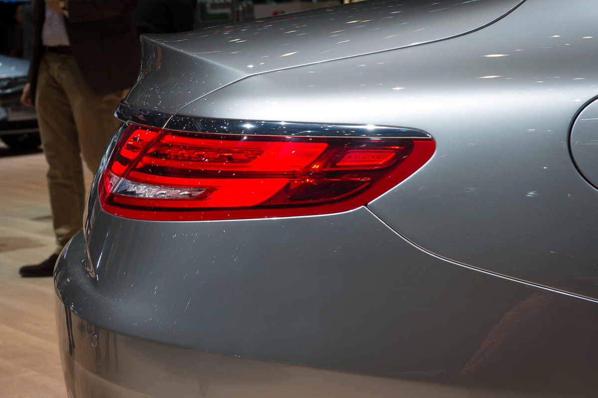 genf-2014-mercedes-benz-s-klasse-coupe-edition1-silber-26