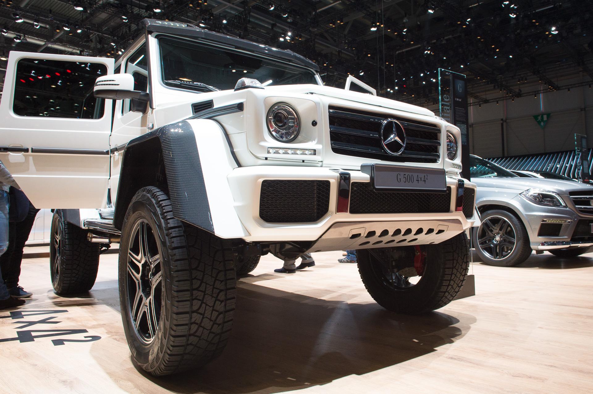Genf-2015-Mercedes-Benz-G500-4x42-Studie-weiss-04