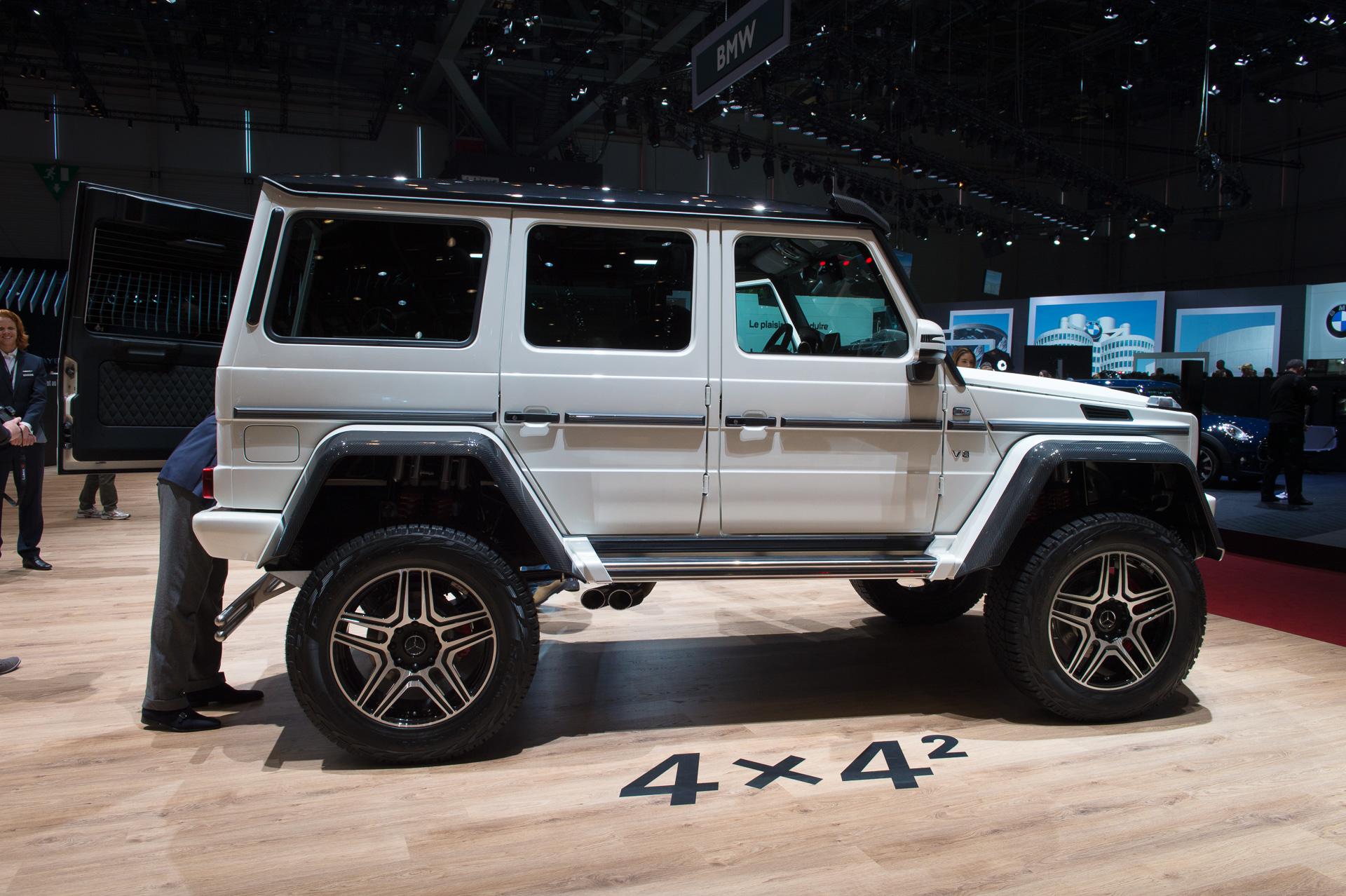 Genf-2015-Mercedes-Benz-G500-4x42-Studie-weiss-08