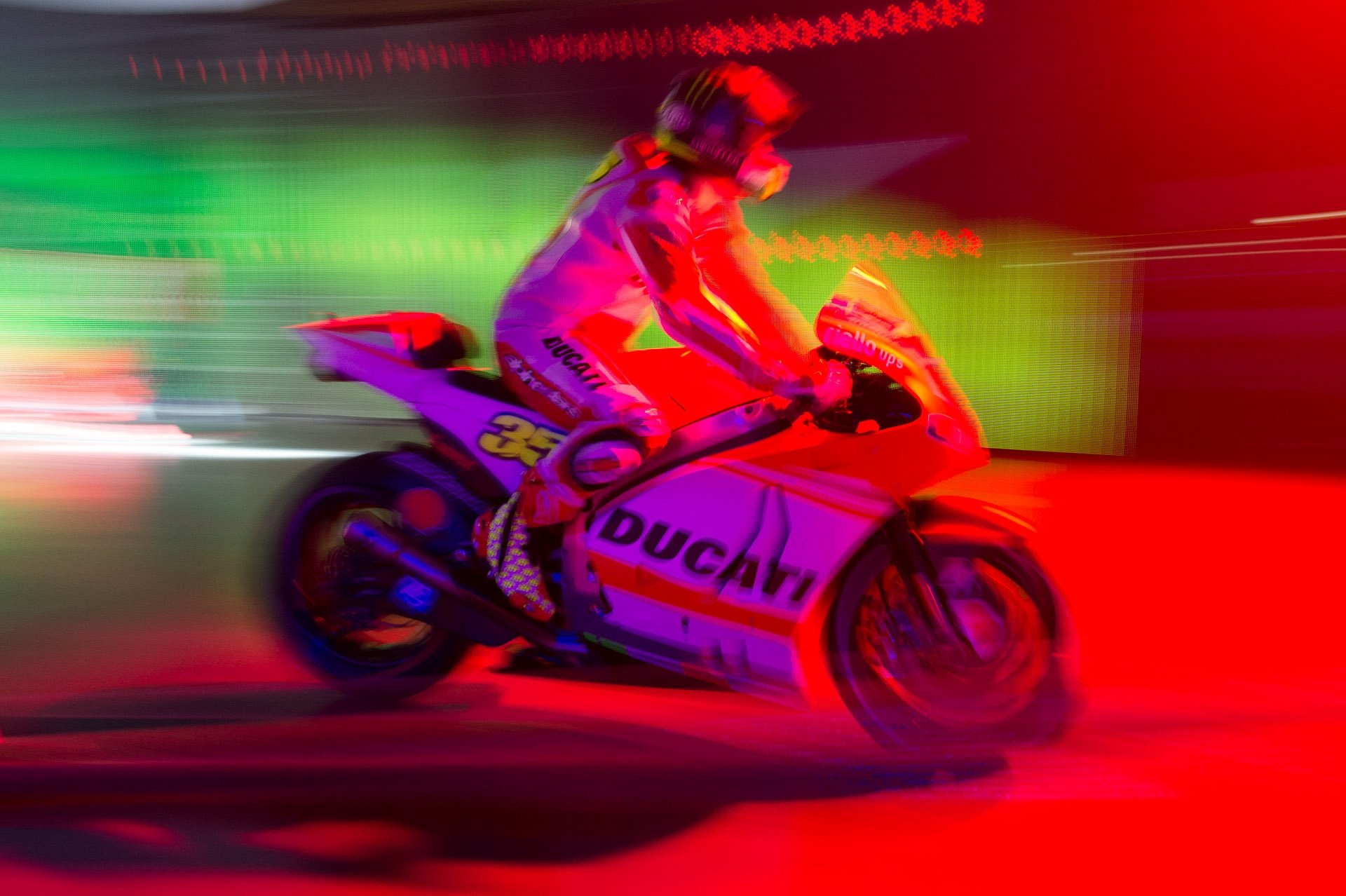impressionen-audi-group-night-2014-audi-lamborghini-ducati-06