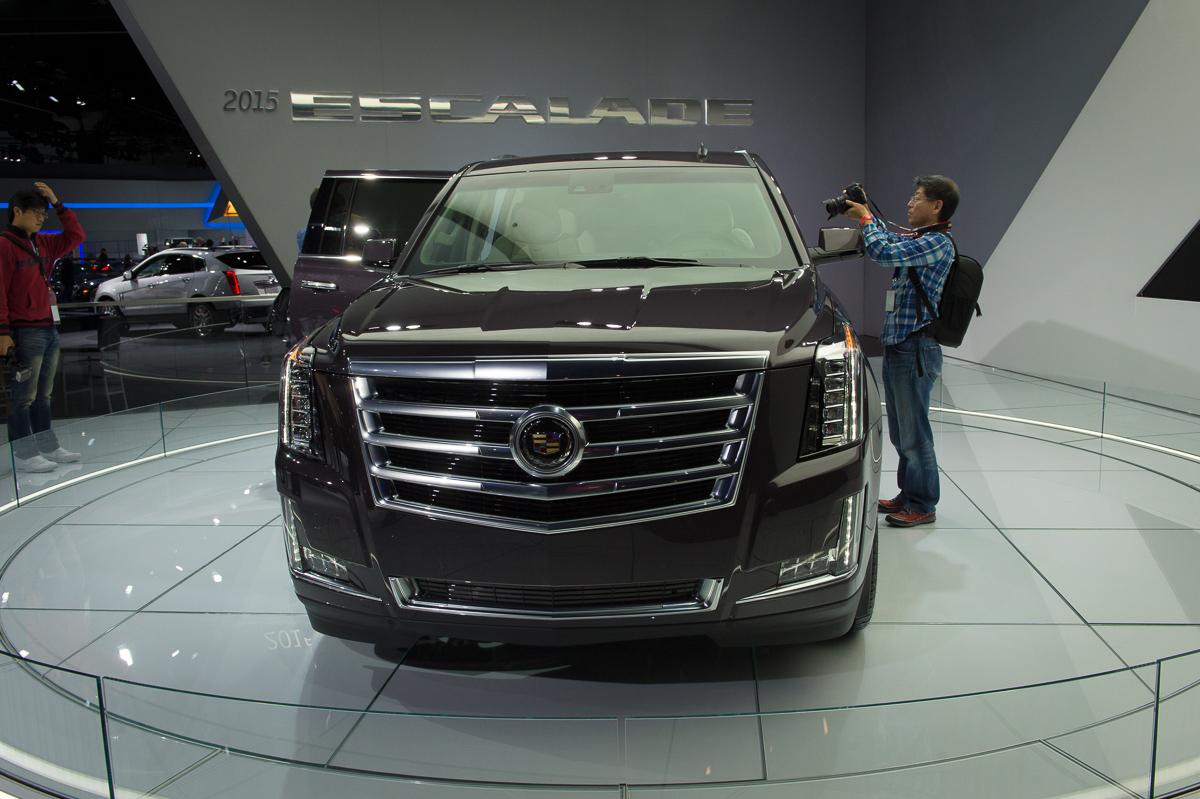 """Autoshow 2013 Fotos: Cadillac Escalade / ESV › """"Auto .. geil"""""""