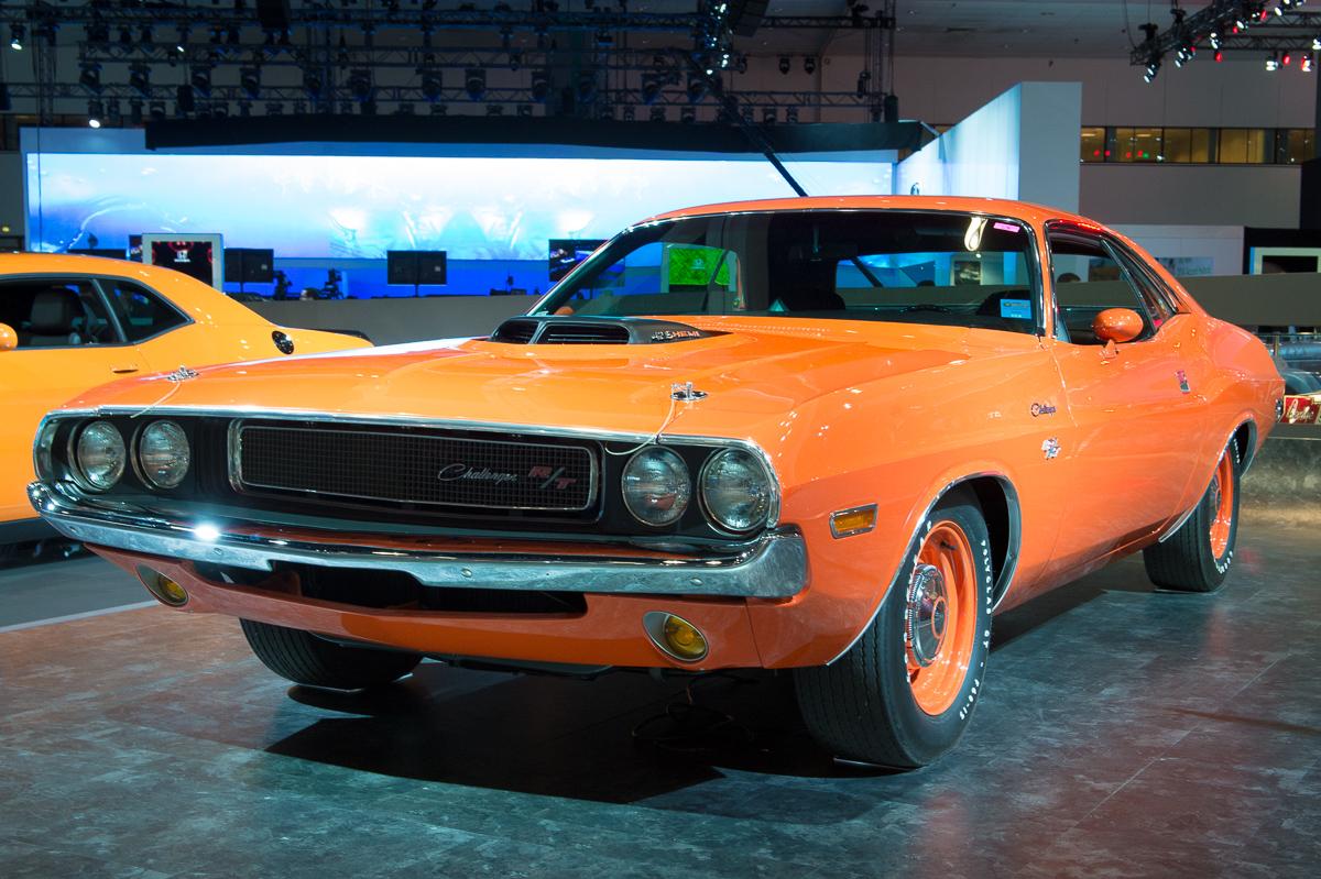 2013 dodge challenger rt 1970 orange la autoshow laias 06. Cars Review. Best American Auto & Cars Review
