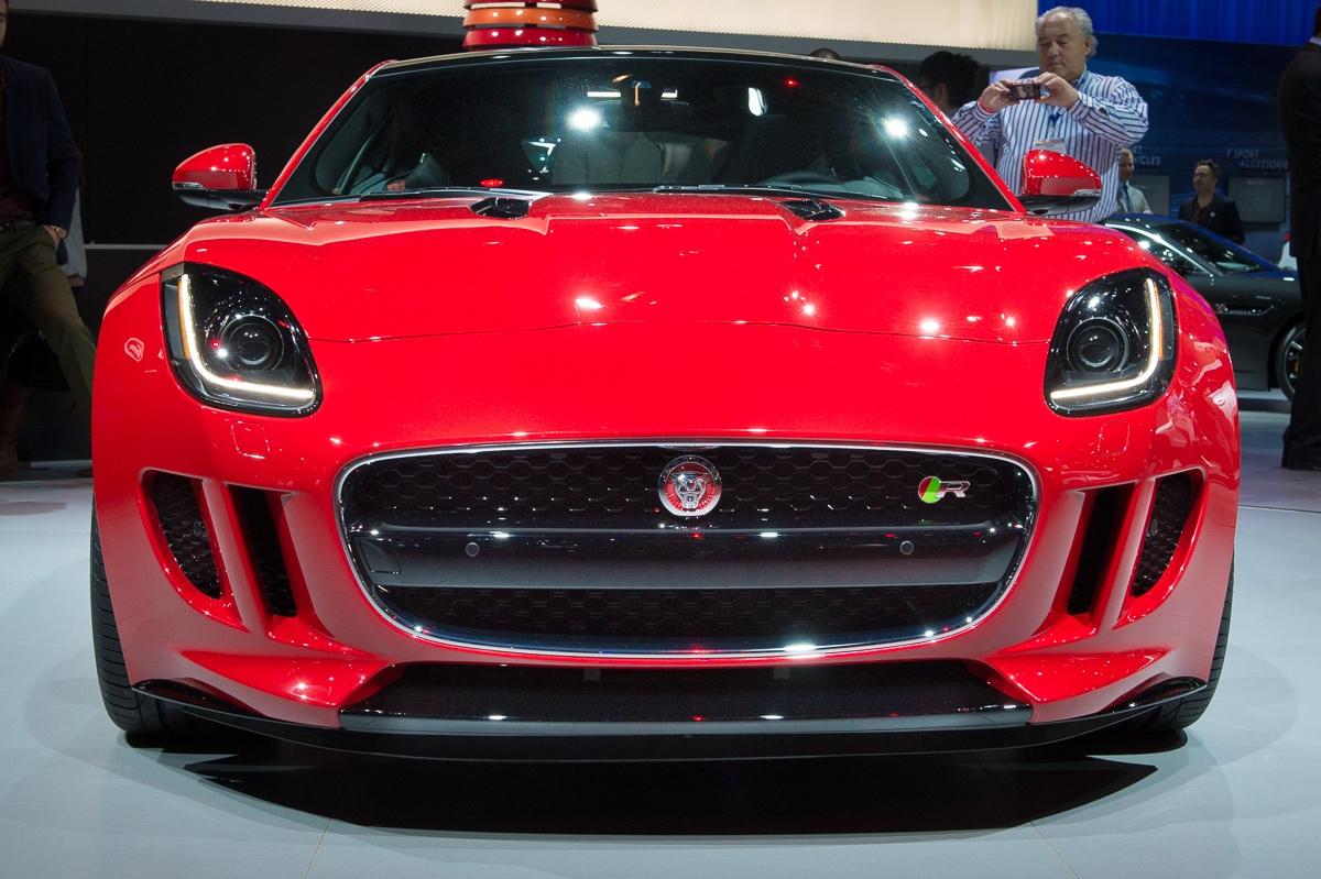 2013-jaguar-ftype-coupe-rot-la-autoshow-laias-04