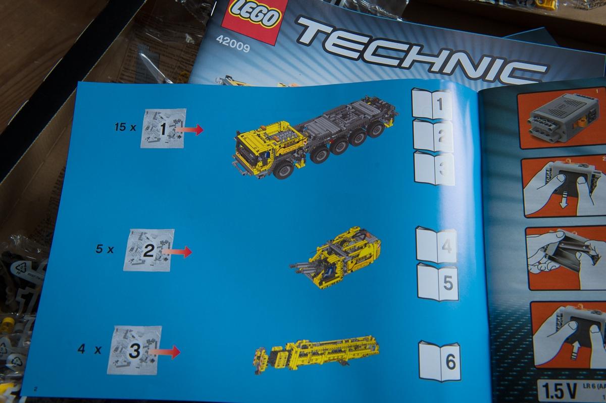 2013-lego-technic-mobiler-schwerlastkran-42009-vorstart05