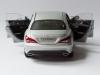 mercedes-benz-cla-c117-norev-modellauto-118-designo-polarsilber-magno-04