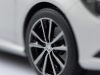 mercedes-benz-cla-c117-norev-modellauto-118-designo-polarsilber-magno-13