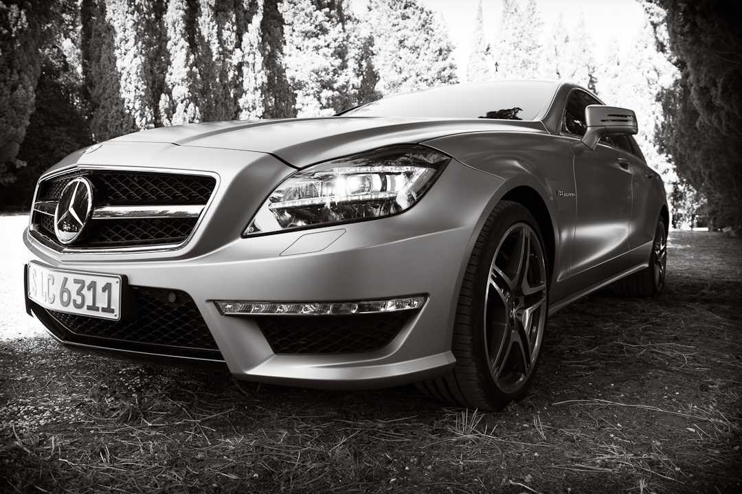 2012-mercedes-benz-cls-63-amg-shooting-brake-x218-designo-alanitgrau-magno_2353