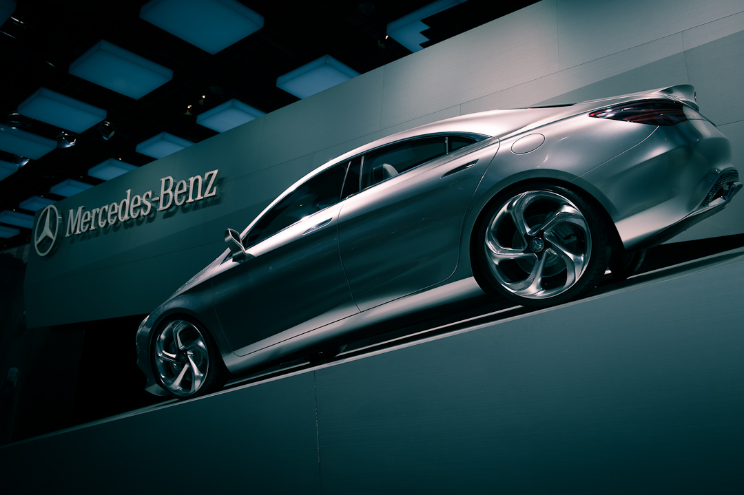 2012-mercedes-benz-design-style-coupe-cla-c117-paris-013