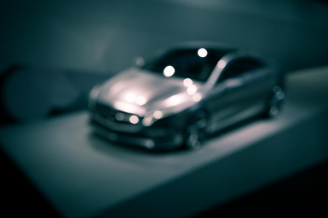 2012-mercedes-benz-design-style-coupe-cla-c117-paris-001