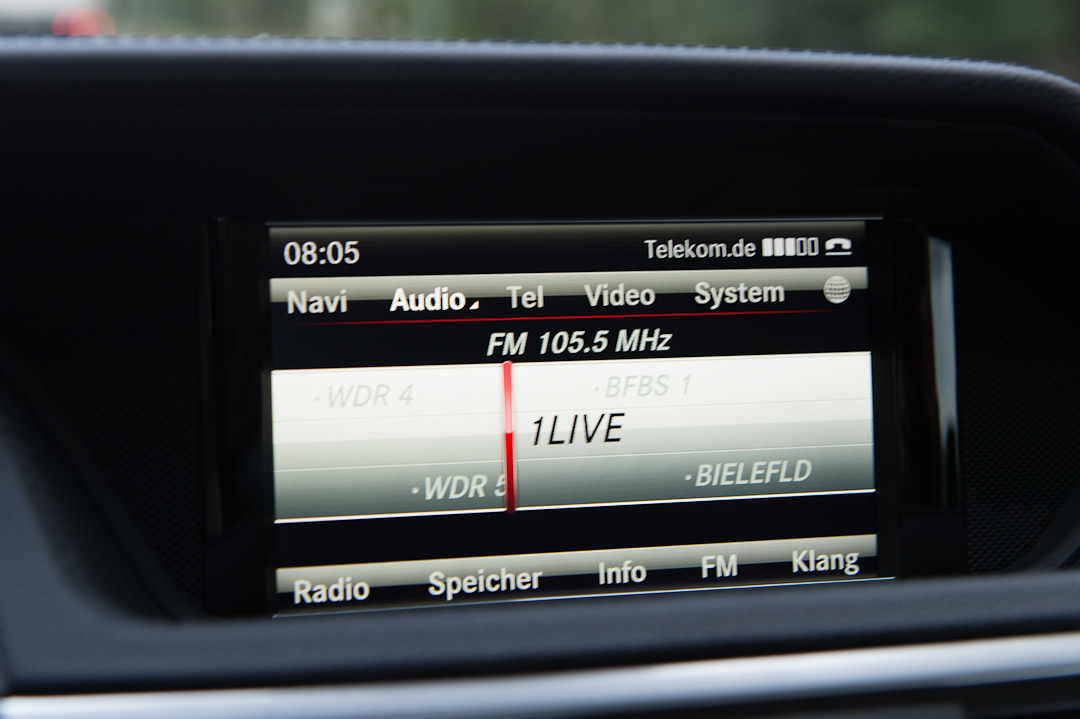 2012-mercedes-benz-e300-bluetec-hybrid-006