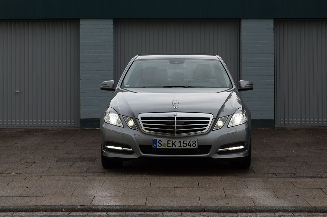 2012-mercedes-benz-e300-bluetec-hybrid-020