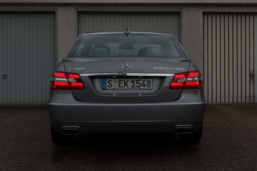 2012-mercedes-benz-e300-bluetec-hybrid-022