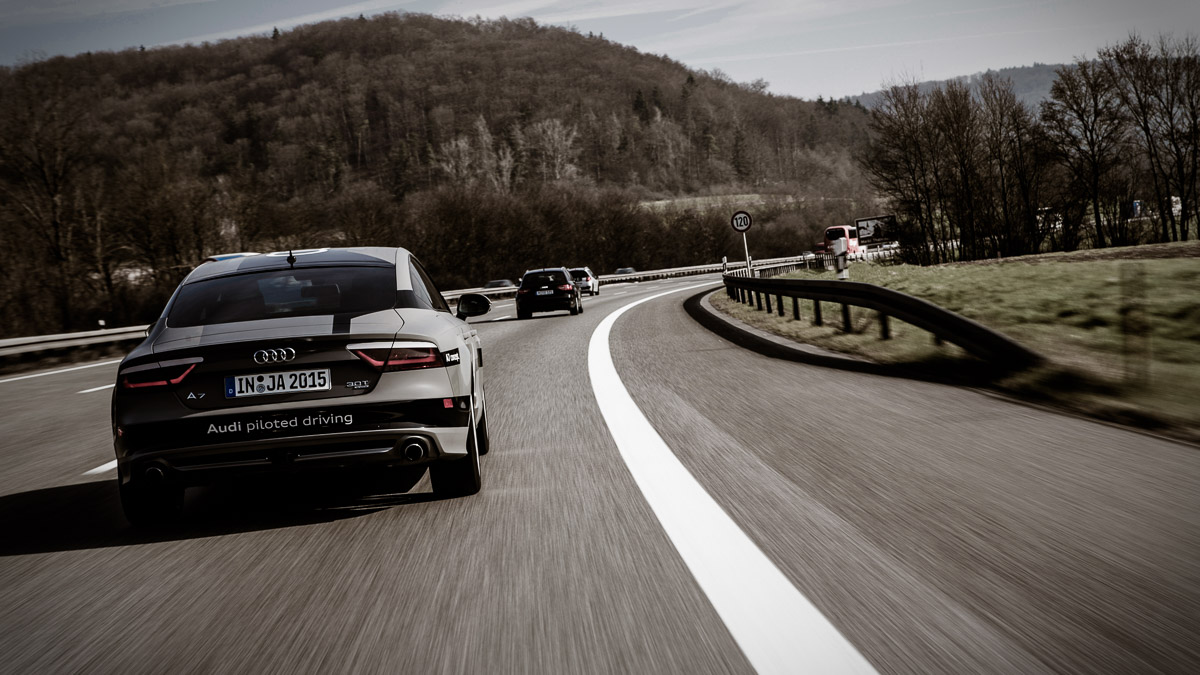 2015-pilotiertes-fahren-audi-a7-jack-autobahn-a9-05.jpg