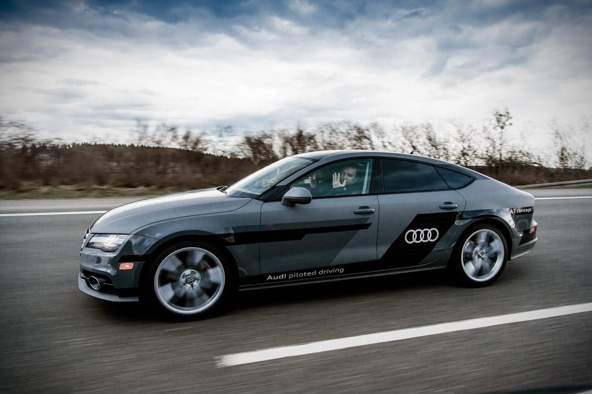 AUDI AG, Audi A7 Concept, Piloted Driving, auf der Autobahn A9 z