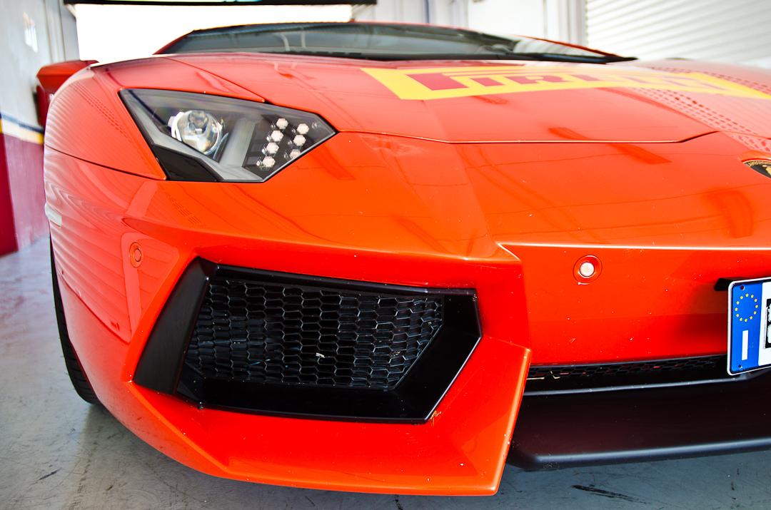 2012-lamborghini-aventador-with-pirelli-p-zero-15
