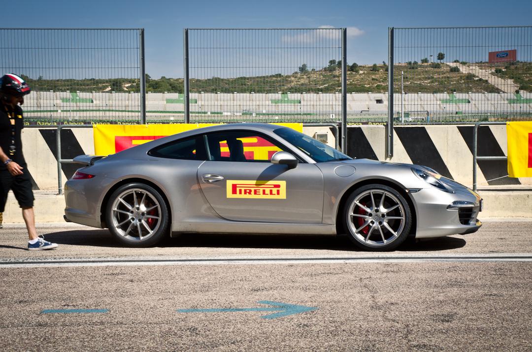 circuit-ricardo-tormo-with-pirelli-p-zero-01