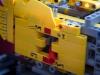 lego-technic-42009-mobiler-schwerlastkran-zusammengebaut-07