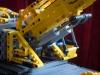 lego-technic-42009-mobiler-schwerlastkran-zusammengebaut-09