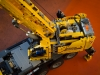 lego-technic-42009-mobiler-schwerlastkran-zusammengebaut-18