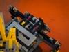 lego-technic-42009-mobiler-schwerlastkran-zusammengebaut-23