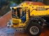 lego-technic-42009-mobiler-schwerlastkran-zusammengebaut-25