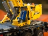 lego-technic-42009-mobiler-schwerlastkran-zusammengebaut-26