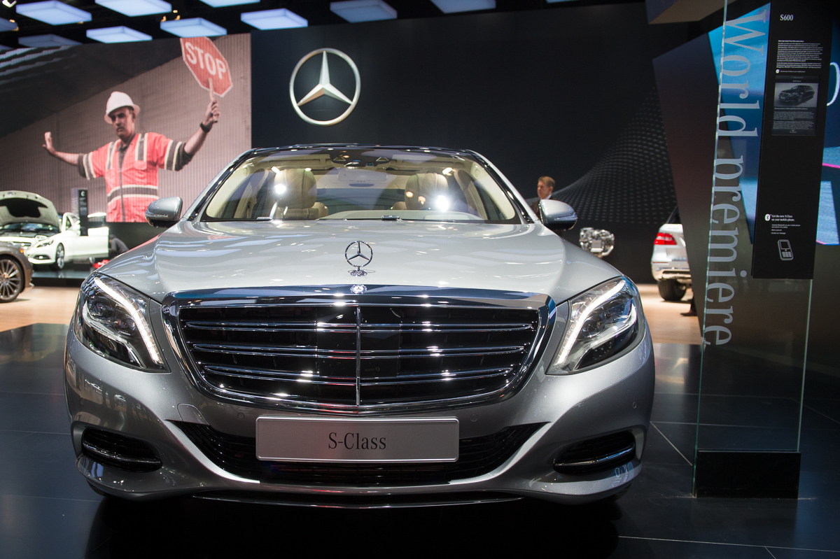 naias 2014 fotos mercedes benz s 600 auto geil. Black Bedroom Furniture Sets. Home Design Ideas