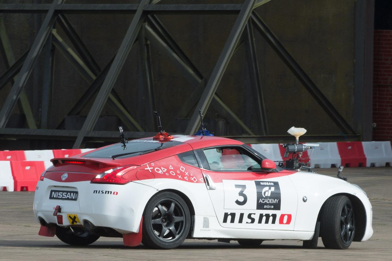 nissan-racecamo-gtacademy-silverstone-2013-2-25