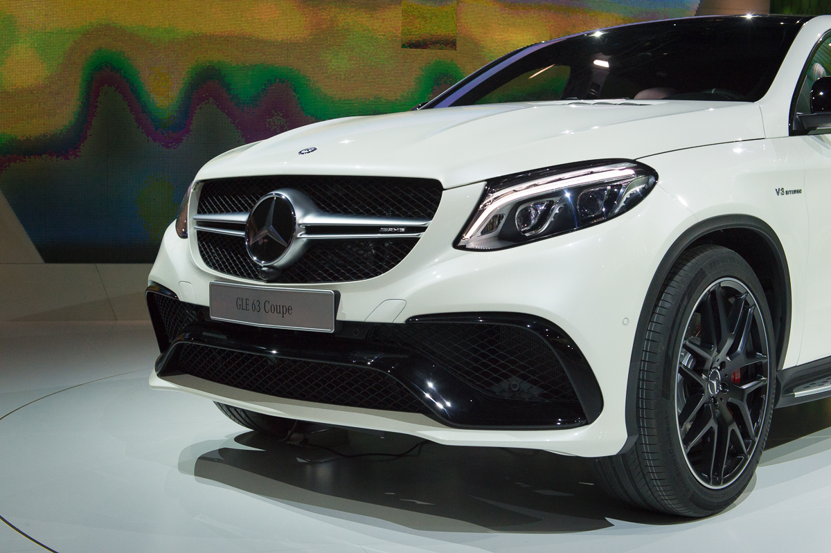2015-Mercedes-AMG-GLE-63-Coupe-4MATIC-weiss-weltpremiere-detroit-31