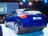 2014-weltpremiere-ford-focus-blau-35