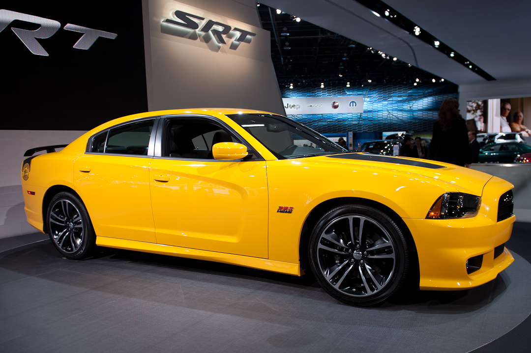 naias2012 dodge charger srt8 super bee auto geil. Black Bedroom Furniture Sets. Home Design Ideas