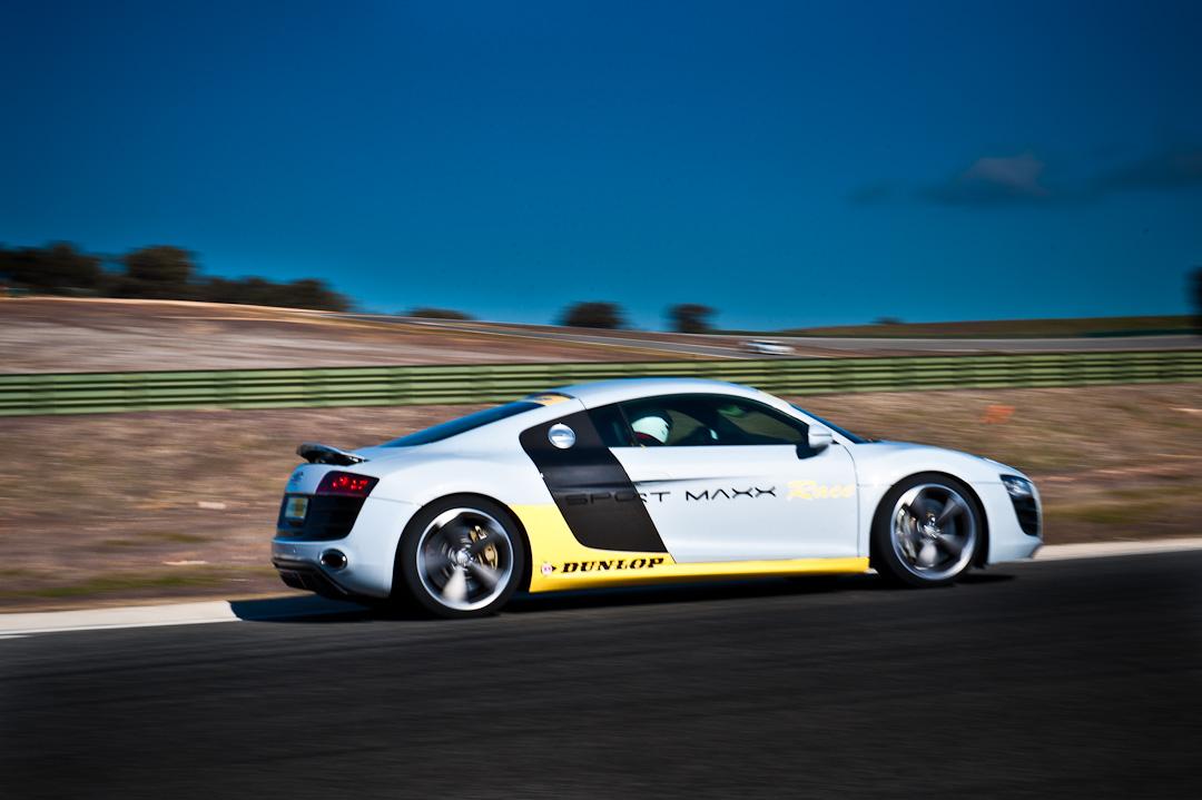 audi-R8-V10-dunlop-sport-maxx-race-ascari-016