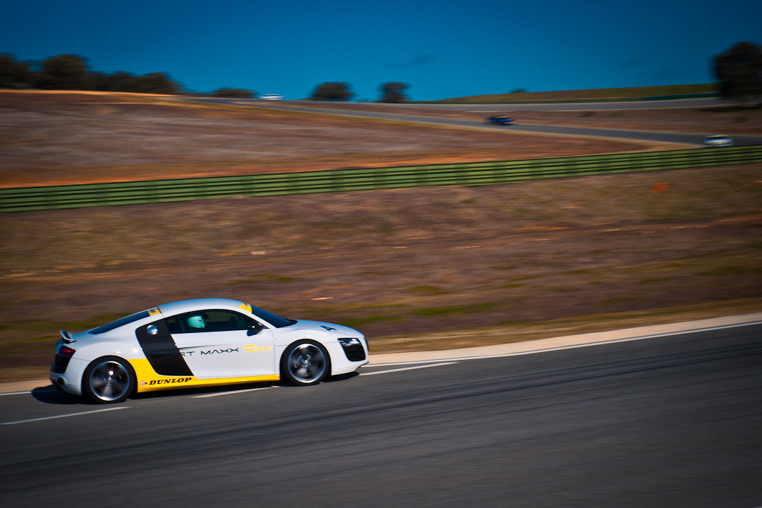 audi-R8-V10-dunlop-sport-maxx-race-ascari-013
